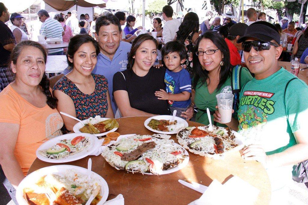 Family at Feria de Los Moles 2014
